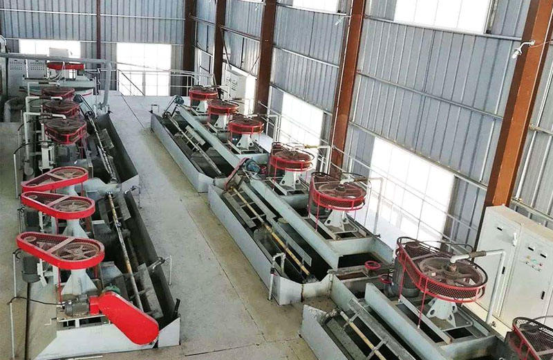 Semi-preferential bulk-separation flotation of copper sulfide ore beneficiation