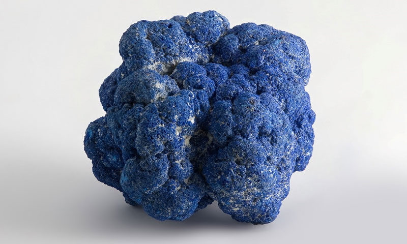 Azurite a kind of copper oxide ore